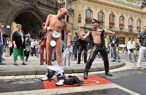 Prague-Pride-homokosok