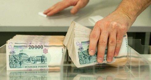 a_magyar_nemzeti_banknak_hamar_elfogy_a_penze