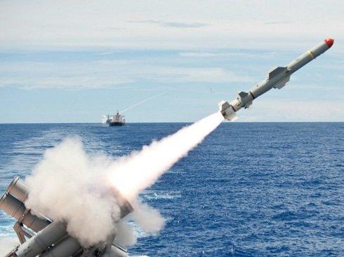 """Az USA """"nevelő célzatú"""" rakétatámadást tervez Szíria ellen"""