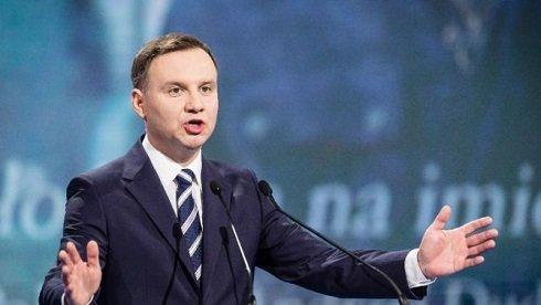 A lengyel elnök a NATO katonai jelenlétének fokozását szorgalmazza Kelet-Közép-Európában