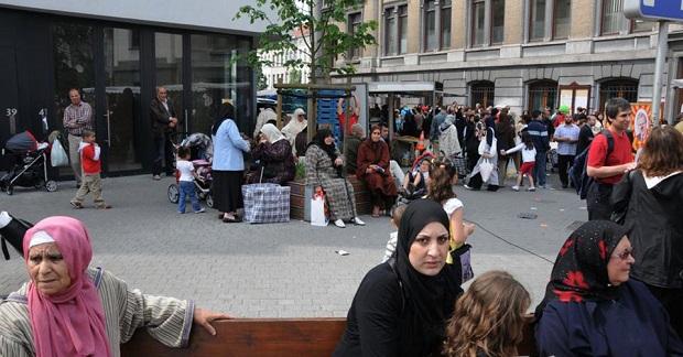 Bécset elfoglalták a muszlimok