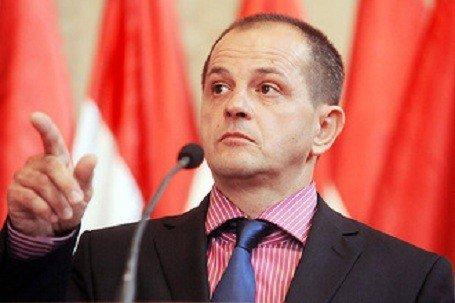 Budai Gyula személyiségi jogi pert indít a Népszabadság ellen
