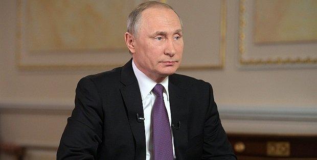 budapestre_erkezik_putyin