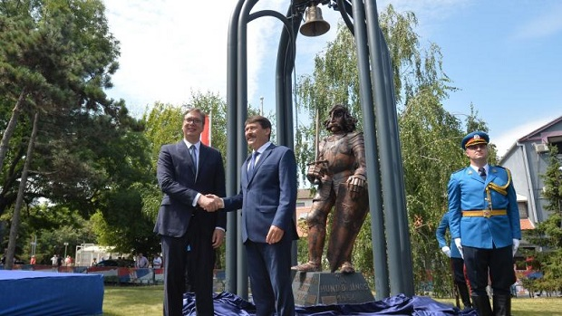 hunyadi-szobor-belgrad