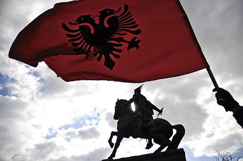 koszovó-autonómia