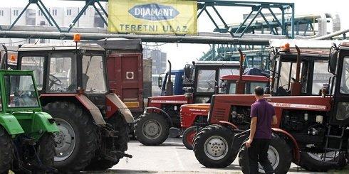 nagybecskerek_traktoros_blokad