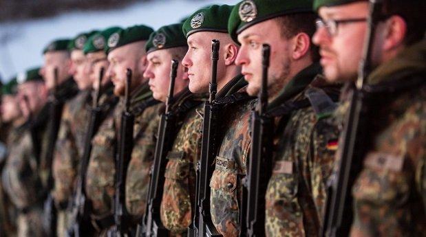nemet_katonak_vonulnak_litvaniaba