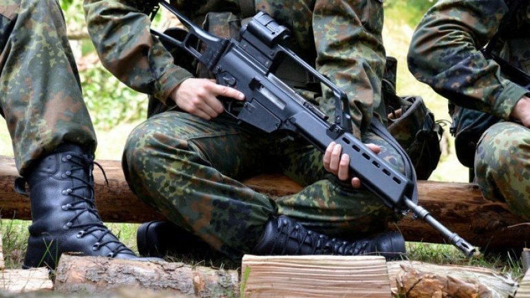 nyugati_katonai_beavatkozas_varhato_az_ukran_haboruba