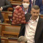 Rekordbírság Jakab Péterre a miniszterelnöknek szánt krumpliért