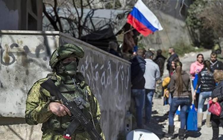"""""""Köszönöm Oroszország!"""": A kurdok üdvözlik az orosz békefenntartó erőket"""