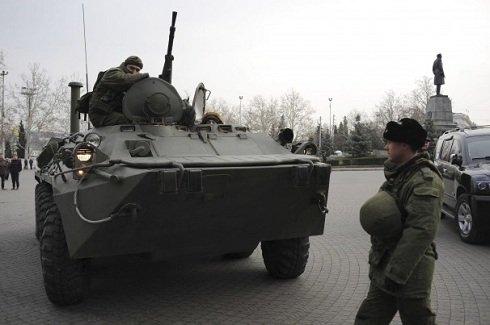 orosz-páncélosok-szevasztopolban