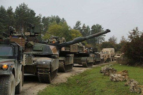 Páncélos dandárt telepít Kelet-Európába az Egyesült Államok