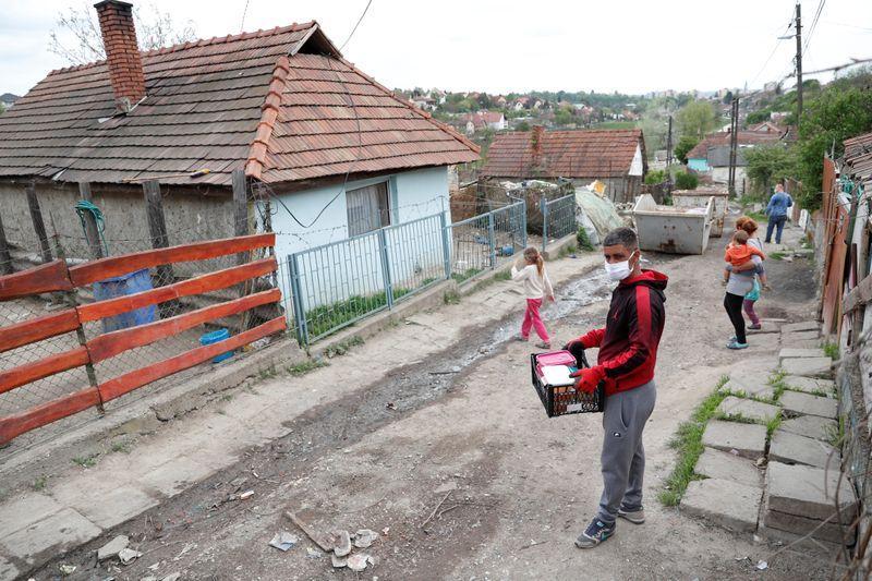 Ezzel a fotóval hozta le a Reuters a magyar koronavírus adatokat
