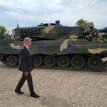 Honvédelmi miniszter- Romlik a biztonsági helyzet, Magyarország többféle fenyegetéssel számol