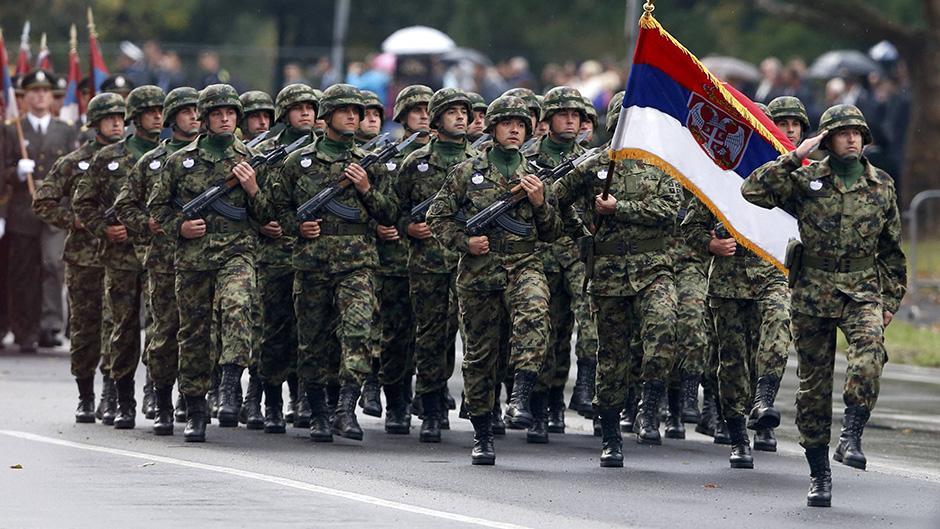 Szerbia visszaállítja a kötelező sorkatonai szolgálatot.