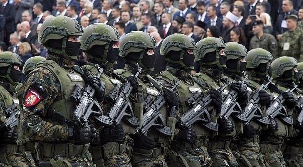 tejles-harkeszultsegben-a-szerb-fegyveres-erok