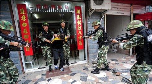 Ujgurföld- Kínai hatóságok kettőszáz autonómia aktivistát vettek őrizetbe