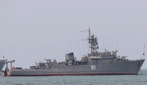 Krím - Orosz katonák elfoglaltak két ukrán korvettet