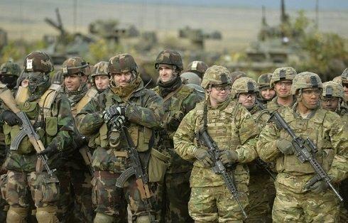 Meg kell gátolni, hogy Kelet-Európából indítson agressziót az USA