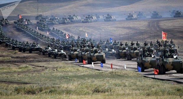 Véget ért a Vosztok-2018 orosz hadgyakorlat- 300 ezer katona vett részt