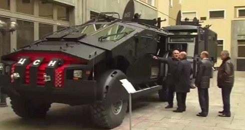 zil_karatel_az_orosz_batmobil